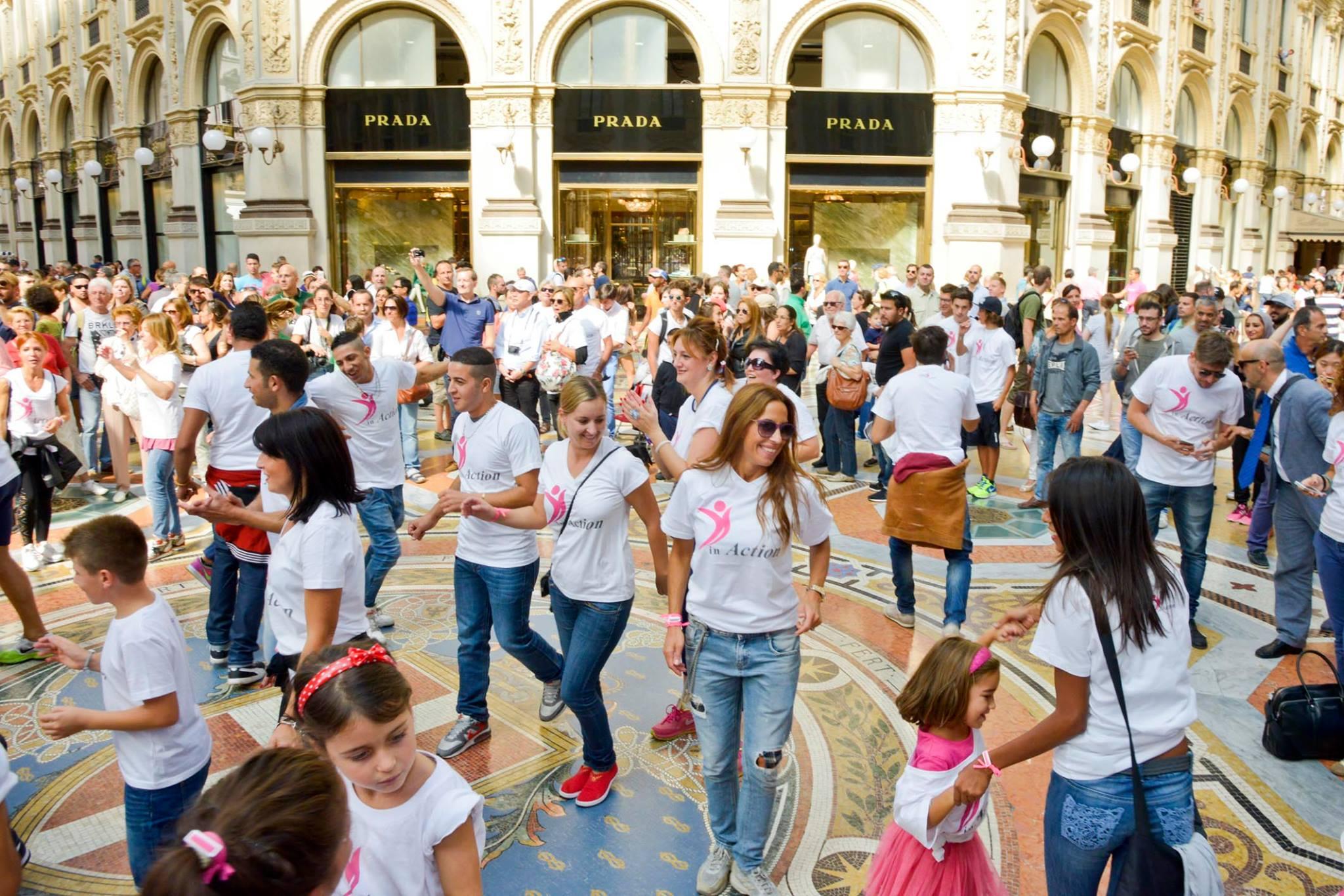 Pianeta Uomo in Action - Flash Mob in Galleria Vittorio Emanuele